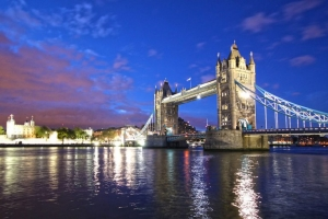 Tours and Travels - London Country Tours - ScrollList.com